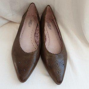 Seychelles Khaki / Tan Leather Ballet Flats | 7.5
